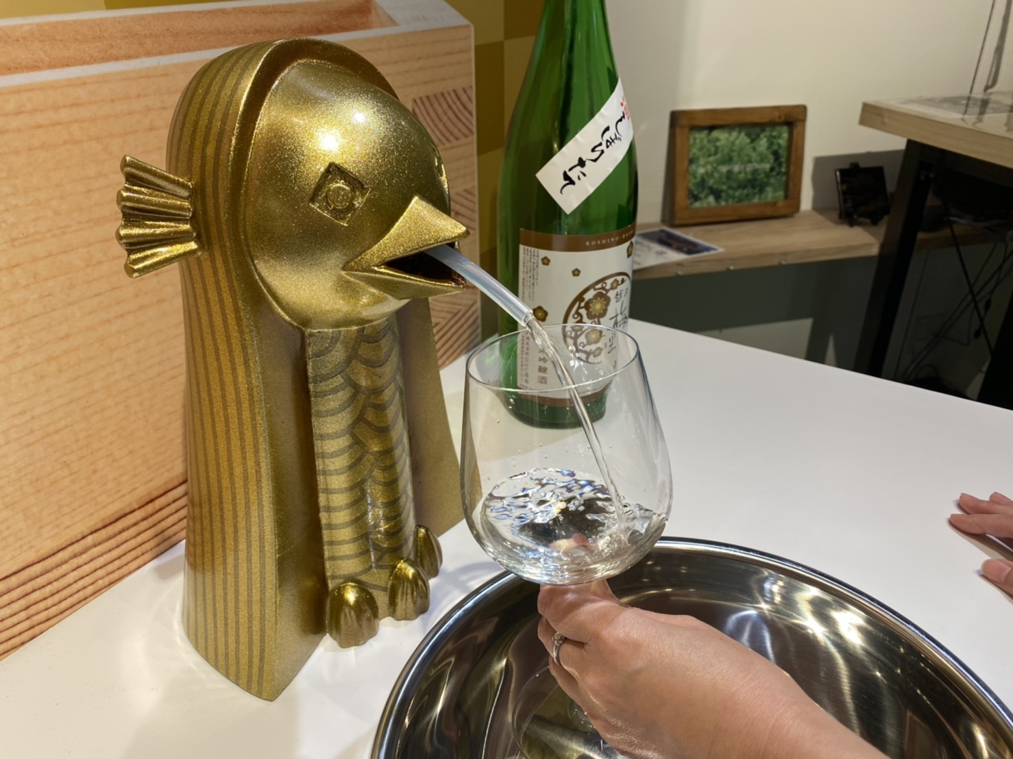 記事 新潟の酒蔵を応援!「蛇口から日本酒」がなんばに初登場しますのアイキャッチ画像